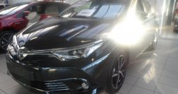 Nieuwe wagens Toyota Auris 5d manueel