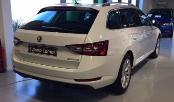 Voitures neuves Skoda Superb Combi automatique full